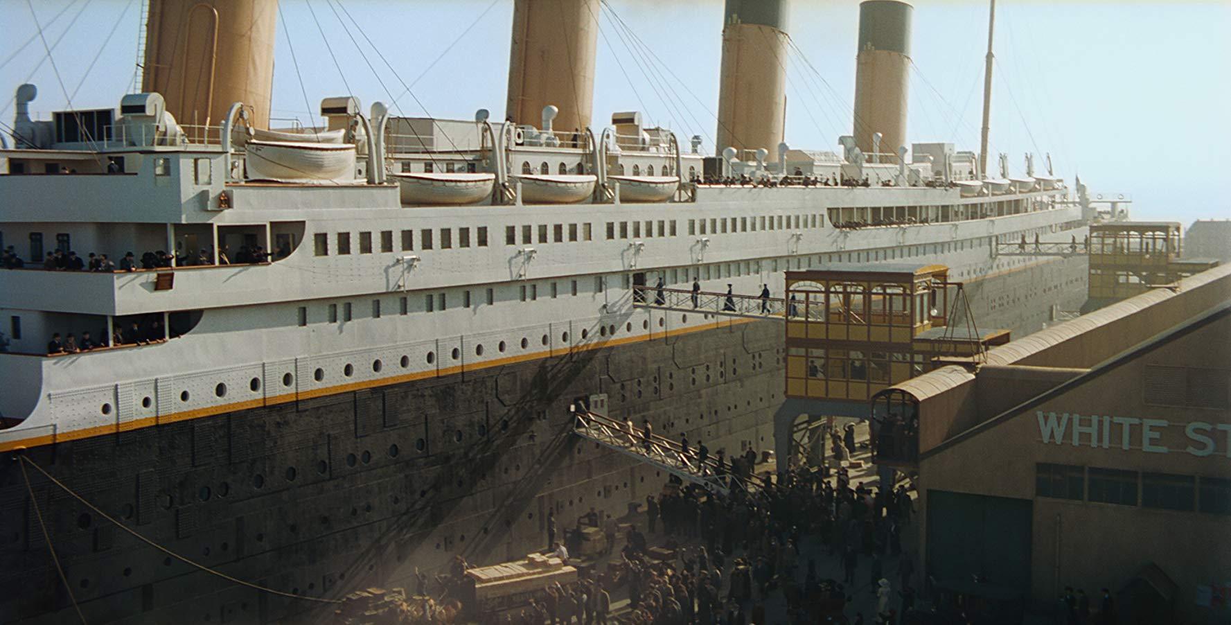 タイタニック号沈没時の時代背景