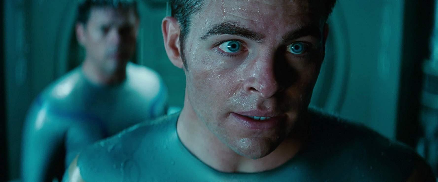 カークの青い瞳が印象的