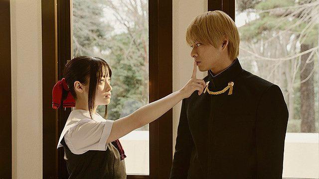 橋本環奈と平野紫耀の演技は微妙...。藤原書記役の浅川梨奈はキャラに寄せていた