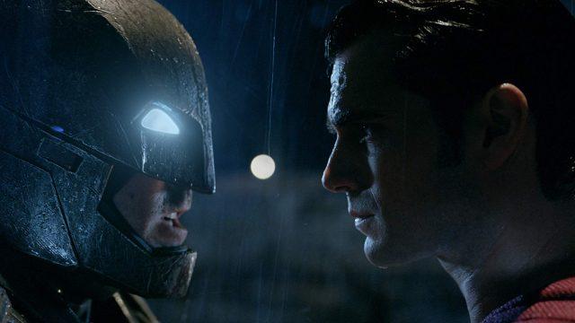 【解説】バットマンVSスーパーマン、さすがにスーパーマン強すぎない?まさかのマーサの名前かぶり!
