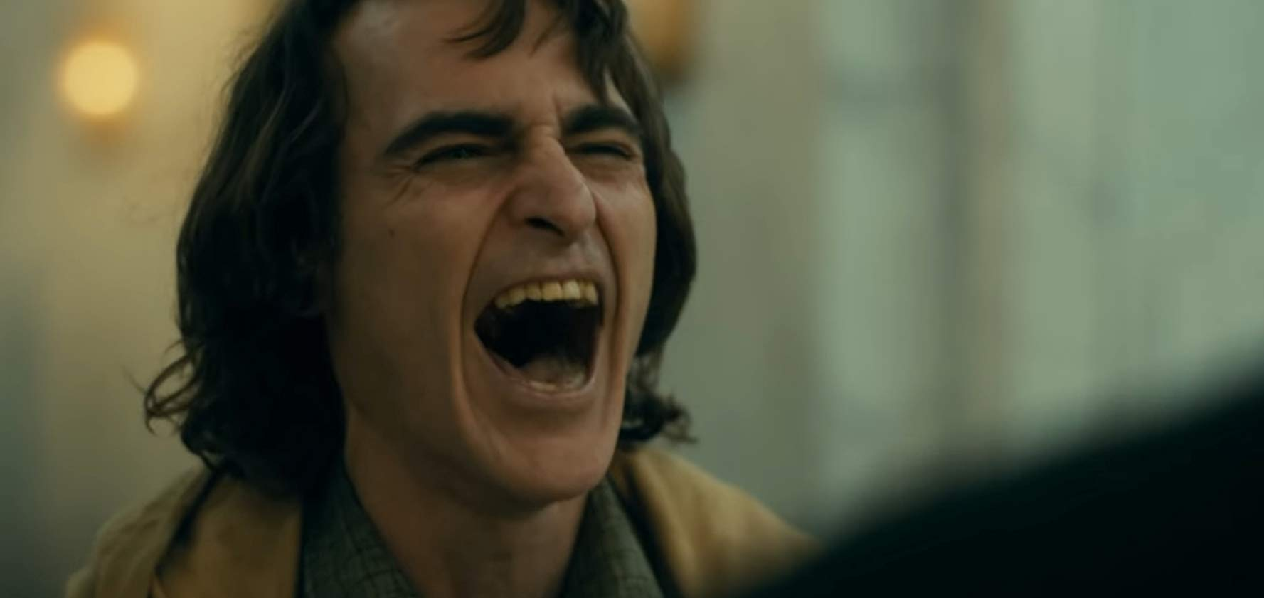 ホアキン・フェニックスの演技がすごすぎ!特に笑いの演技